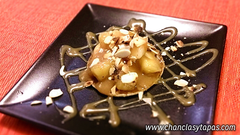 """Blinis de """"pomes rialleres"""" (manzana) con caramelo"""
