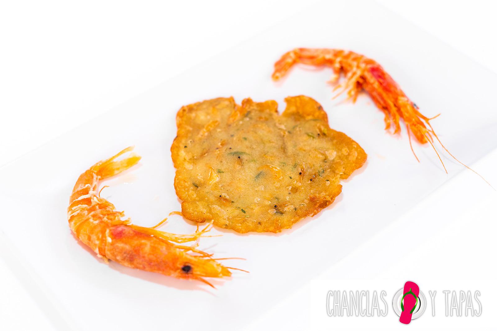 Tortita de camarón con gambita roja de Dénia
